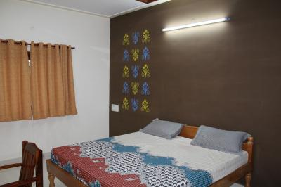 Bedroom with AC size 15 x 15